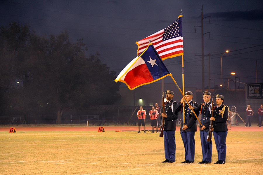 Color+Guard+presents+the+flags.