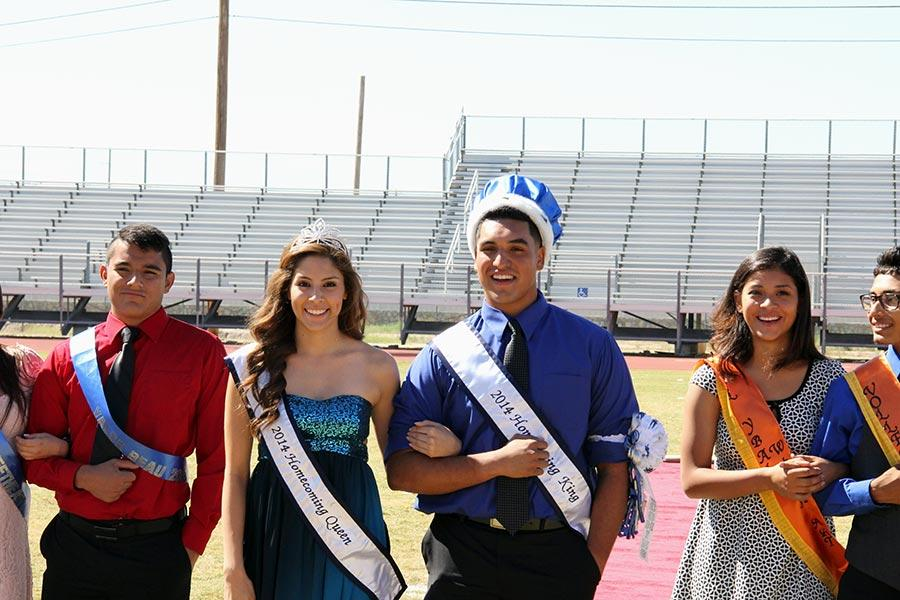 Queen+Karla+and+King+Chris+at+the+Homecoming+Pep+Rally.
