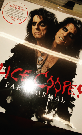 Godfather of Shock Rock, Alice Cooper