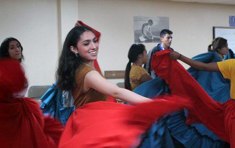 Folklorico dance team prepares for Dia de los Muertos Festival