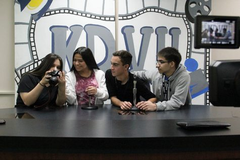 Alexia Martinez, Kimberly Bloberg,Joshua Del La Riva, Aaron Forti Getting ready to film.