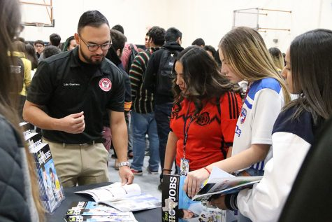 Colleges visit campus On College Week, Oct. 21 to help students.